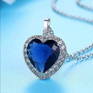 Jewelry - Titanic-inspired necklace